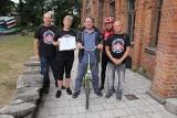 Aktor Zbigniew Zamachowski oddał rower, który kupił za pierwsze zarobione pieniądze