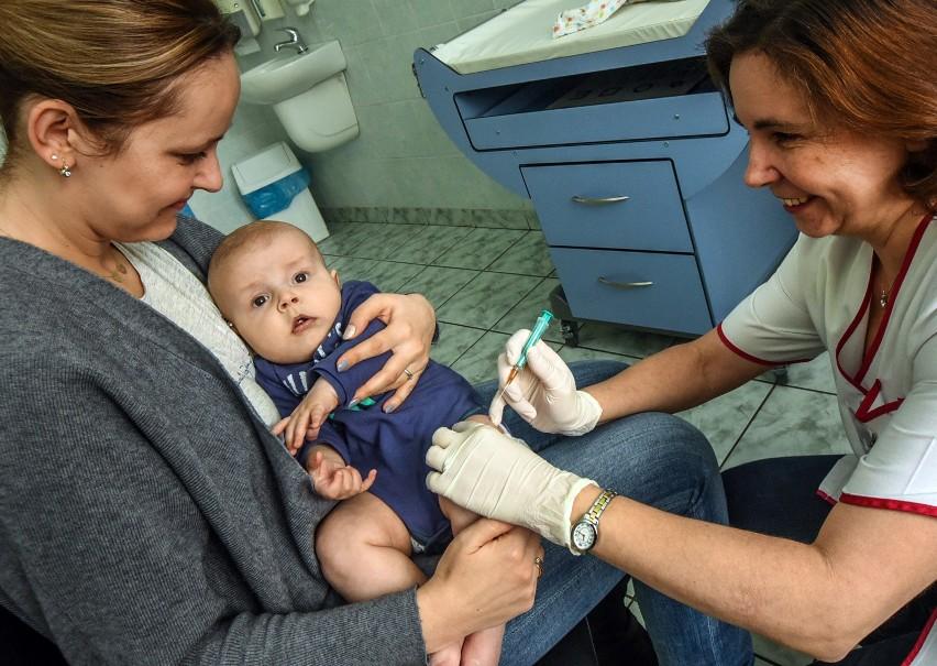 Rosnący opór wobec szczepień to problem ogólnoświatowy