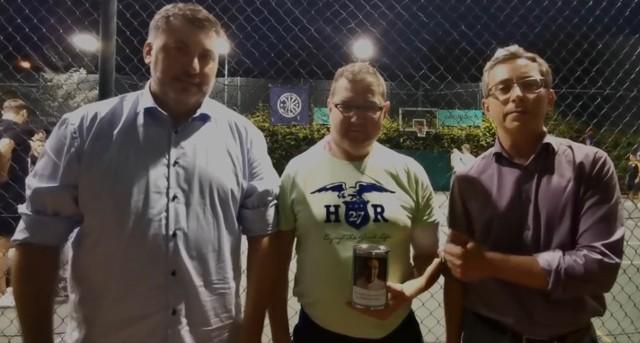 Artur Dziambor i Marek Rutka wspólnie wsparli Tomasza Bojara (na zdjęciu w środku).