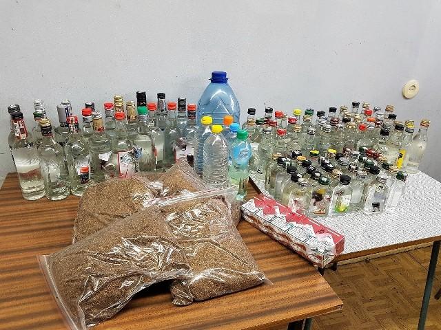 Towar zabezpieczony przez włocławskich policjantów w jednym z mieszkań w centrum miasta nie posiadał polskich znaków akcyzy.