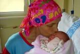 Basia urodziła córeczkę, teraz walczy o życie