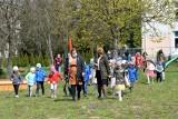 W Kielcach przedszkolaki sadziły kwiaty razem z wicemarszałek województwa Renatą Janik (ZDJĘCIA, WIDEO)