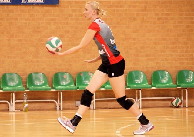 Dominika Nowakowska w nowym sezonie zagra w Orlen Lidze w barwach beniaminka z Ostrowca Świętokrzyskiego.