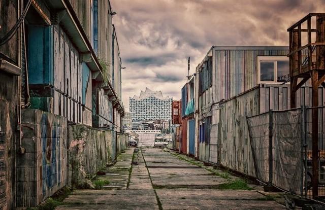 Wszystko za sprawą pomysłu miasta na zakup kontenerów mieszkalnych. Miałyby w nich zamieszkać osoby, które są absolutnymi rekordzistami, gdy chodzi o zaległości czynszowe