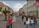 Mieszkańcy Lublina na zdjęciach Google Street View. Kogo uwieczniła kamera na placu Litewskim i deptaku? Sprawdź!