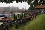 Castle Triathlon Malbork 2020. Niezwykła impreza biegowa, a w tle krzyżacki zamek! Mistrzostw Polski w ironmanie na trasie biegowej