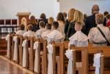 Białystok. Dzieci, rodzice i parafie szykują się do uroczystości I Komunii Świętej. Po raz drugi w pandemii, ale tym razem w maju