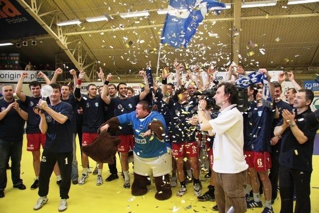 W 2008 roku Puchar Polski w Mielcu wywalczyli szczypiorniści Wisły Płock.