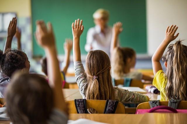 Pięć prostych sposobów na odporność uczniów i całej rodziny w nowym roku szkolnym [PORADNIK]