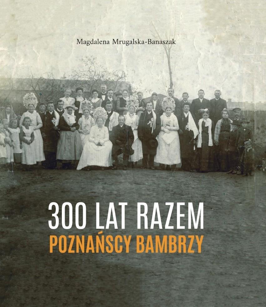 Album Magdaleny Mrugalskiej-Banaszak zawiera wiele...