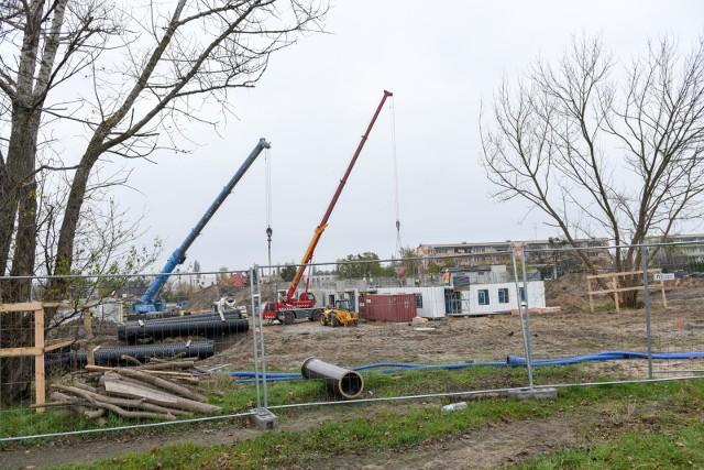 Kwota kredytu na zakup gotowego mieszkania lub domu najczęściej wynosiła w tym roku między 101 a 300 tys. zł. Na budowę nieruchomości pożyczano zwykle od 301 do 500 tys. zł.