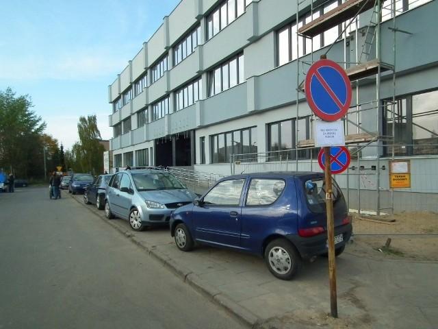 Parkingowy dramat pacjentów POSUM