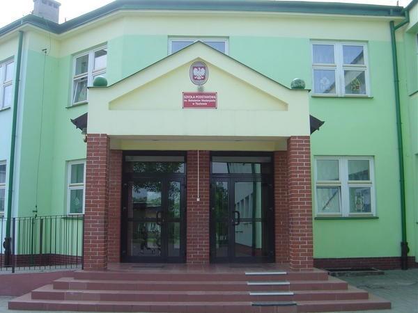 Szkoła Podstawowa w Tłuchowie