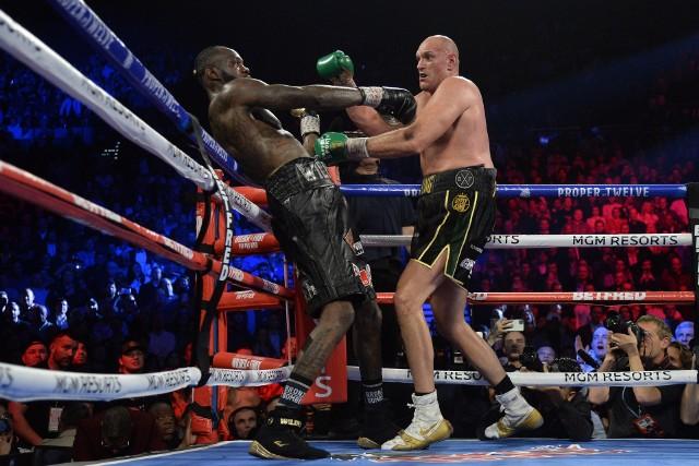 W lutym Tyson Fury rozbił Deontaya Wildera i zdobył pas federacji WBC