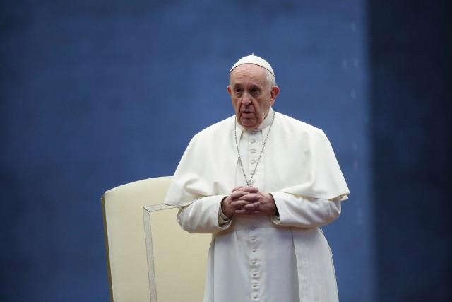 Papież Franciszek: Pandemia niestety dramatycznie zwiększyła liczbę ubogich i powoduje desperację tysięcy ludzi