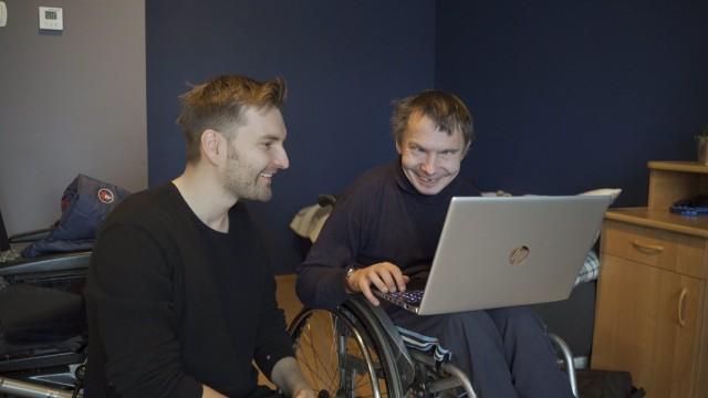 14 grudnia Reżyser Życia przekazał Markowi komputer podarowany przez firmę HP.