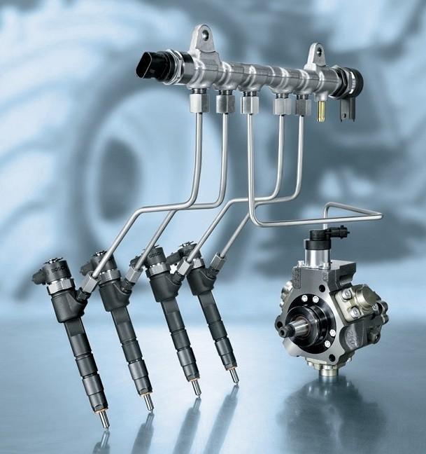 Przewód zasilający i wtryskiwacze systemu CRS Boscha