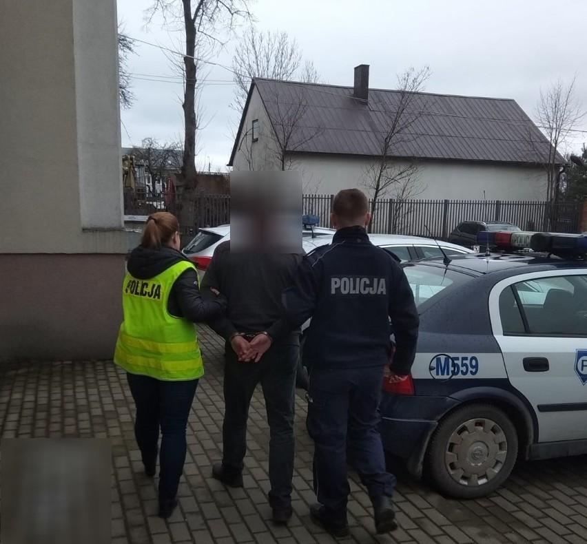 Za usiłowanie wręczenia łapówki funkcjonariuszom na służbie Litwinowi grozi kara do 10 lat pozbawienia wolności.