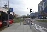 Aleją Korfantego w Katowicach jedziemy tylko jednym pasem. Wkrótce przybędzie drzew