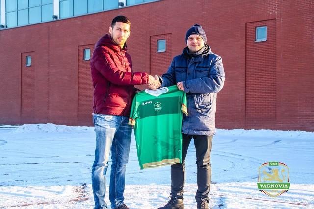 Marcin Kikut (z lewej) i prezes Tarnovii, Zbigniew Trawka wierzą, że turecka eskapada zaowocuje dobrymi wynikami drużyny w rundzie wiosennej