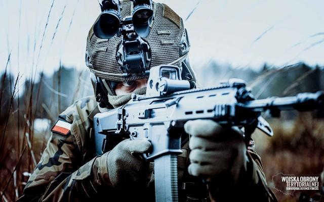 WOT wprowadzają do sił zbrojnych nowy model hełmu. Terytorialsi coraz bardziej nowocześni