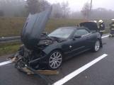 Wypadek na autostradzie A2. Jaguar zderzył się oplem. Wśród rannych są dzieci [ZDJĘCIA]