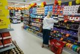 Uwaga! Popularne batony wycofane ze sprzedaży. Nie powinno się ich jeść. Może być w nich plastik! KOMUNIKAT GIS