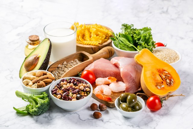 Zdrowa dieta powinna być oparta o zasady zawarte w piramidzie żywieniowej.