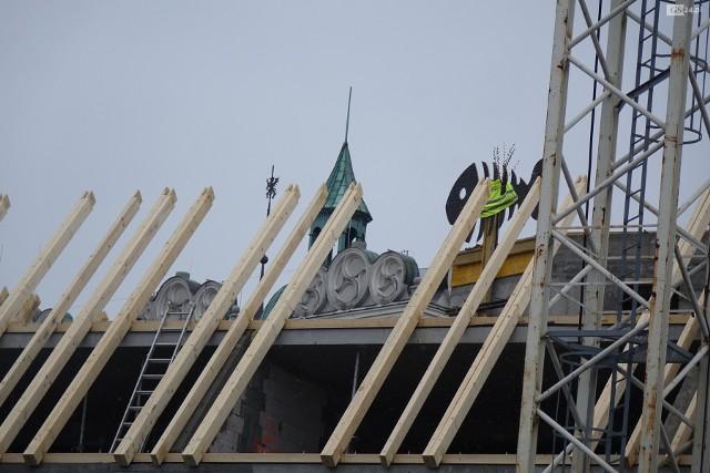 Wiecha na budowie Arkony