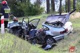 Śmiertelny wypadek w Gutach. Czołowe zderzenie dwóch pojazdów. Nie żyje mężczyzna [ZDJĘCIA]