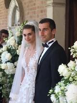 Henrich Mychitarian wziął ślub z przepiękną córką polityka [ZDJĘCIA]