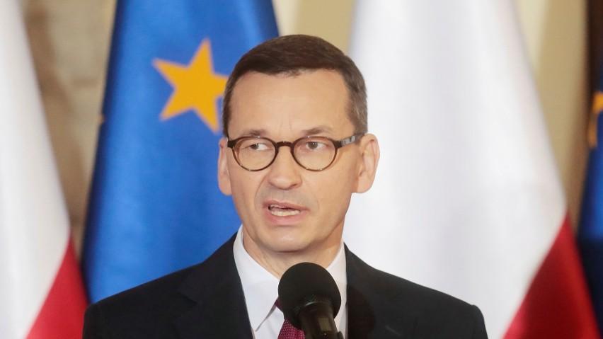 Morawiecki i Macron wzywają Komisję Europejską do nacisku na producentów szczepionek w sprawie dostaw do krajów Unii