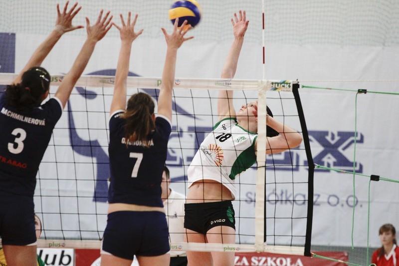 Rosjanka Ksenia Sizowa (w ataku), razem ze swoją rodaczką Jeleną Kowalenko, dziś mają wyjść w pierwszym składzie w meczu przeciwko MKS-owi Dąbrowa Górnicza