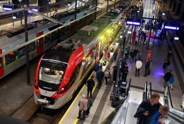 Po wprowadzeniu 13 grudnia nowego rozkładu jazdy na 2021 rok, ŁKA planuje m.in. połączenia z Ostrowem Wielkopolskim. Niestety, w związku z likwidacją połączenia Polregio z Łodzi do Wrocławia. Pierwsze w historii bezpośrednie połączenie z Łodzią planują za to Koleje Wielkopolskie.