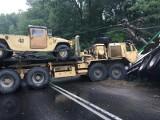 Wypadek z udziałem ciężarówki i pojazdu wojsk USA koło Drawska Pomorskiego