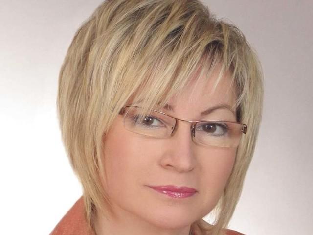 Małgorzata Stachowiak jest nauczycielką, podobnie jak burmistrz Krzysztof Bagiński.