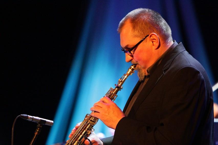 Wśród instrumentalistów był saksofonista Leszek Szczerba