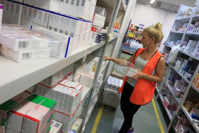 Na leki wydajemy coraz więcej Wydatki na leki stanowią w Polsce niemal 21 proc. ogółu wydatków na ochronę zdrowia