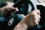 Lockdown a jazda samochodem. O czym muszą pamiętać kierowcy? Można dostać nawet 1000 zł mandatu!