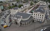 Premier Mateusz Morawiecki ogłasza: Pociągi wracają na Dworzec Świebodzki