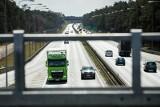 Zarobki kierowców ciężarówek. To dużo czy mało? Tak zarabiają kierowcy zawodowi [lista]