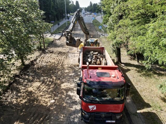 W ramach programu Plan dla Osiedli trwa remont ulic Traktorowej i Żubardzkiej. W obu tych lokalizacjach prace zakończą się pod koniec tego roku.