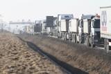 Utrudnienia na autostradzie pod Wrocławiem. Zepsuta ciężarówka zablokowała pas