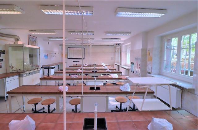 Dzięki wsparciu starostwa i funduszy unijnych nowe wyposażenie trafiło do pracowni chemicznych w I, II i III LO w Inowrocławiu