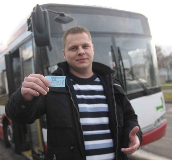 - Podnoszenie cen biletów to uczciwe rozwiązanie - przekonuje Sławomir Adamczyk, mieszkaniec Kędzierzyna-Koźla. - Powinny kosztować tyle, by pokryć koszty funkcjonowania MZK.