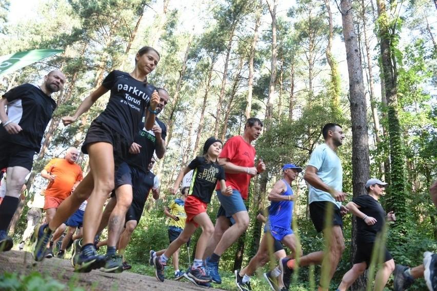 Toruńscy biegacze jak zwykle spędzili sobotni poranek...