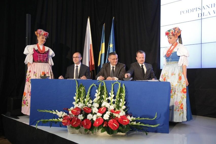 Wojwództwo śląskie jest pierwszym regionem, który podpisał kontrakt