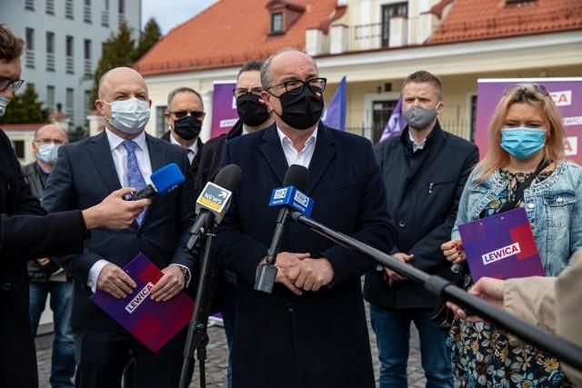 Na środowej konferencji w Białymstoku Wicemarszałek Sejmu RP Włodzimierz Czarzasty zainaugurował sojusz lewicy. Skomentował też decyzje lewicy podjęte po wczorajszych rozmowach przeprowadzonych z rządem w sprawie KPO.