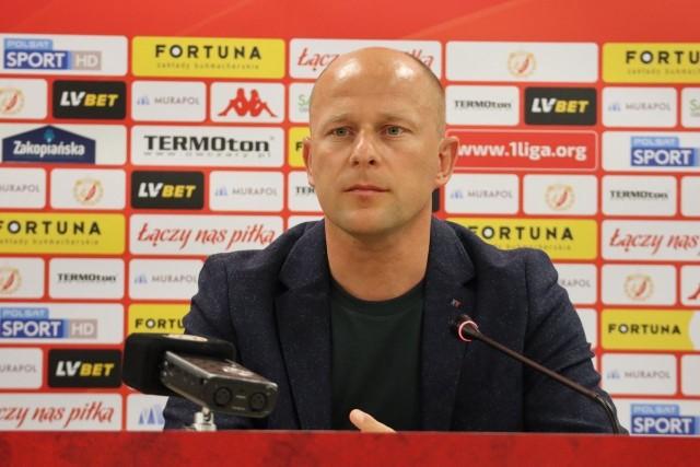 Trener Widzewa Janusz Niedźwiedź