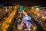 Betlejem Poznańskie 2018: Jarmark świąteczny widziany z diabelskiego młyna. Na placu Wolności tłumy! [ZDJĘCIA]